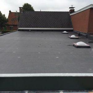 Dakwerken Adriaenssen - Project 11: Isoleren & vernieuwen plat dak met EPDM